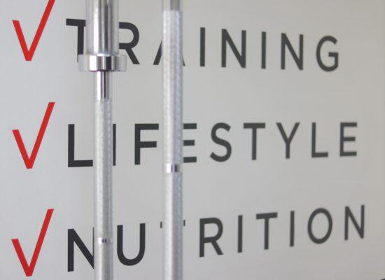 TRAINING, LIFESTYLE, NUTRITION en motivation kan je bij stonheart fitness verwachten
